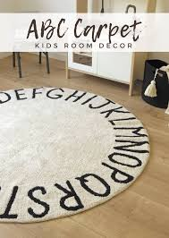 This Abc Round Alphabet Rug Is Totally Amazing For The Kids Playroom Or Nursery It Is Also Really Good For Learning The Letters For Toddlers And Ki Design Bebe