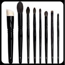 lucy fortune makeup wayne goss brush