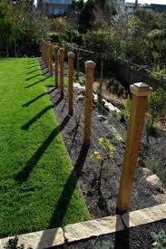 Garden Design Gets Down To Details Modern Garden Trellis Garden Vines Garden Trellis
