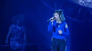 Elisa Bruciare per te live Forum Assago Milano 26/11/2016 - YouTube
