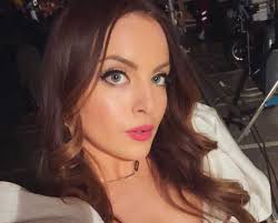 Elizabeth Gillies | Instagram Live Stream | 21 February 2020