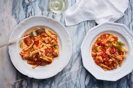 Best Seafood Pasta Recipes with Crab ...