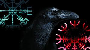 vegvísir crow aegishjalmur vikings