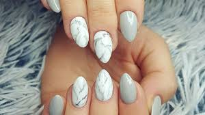 almond shape nail design ideas