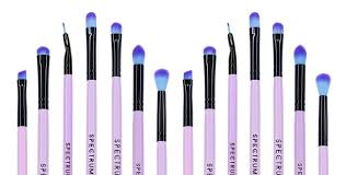 eye makeup brushes a guide to all the
