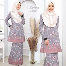 KURUNG ADRIANA, Women's Fashion, Muslimah Fashion on Carousell