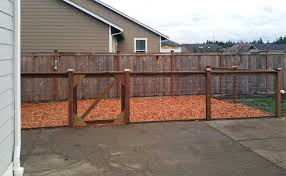 East Olympia Kennel With Cedar Chips Ajb Landscaping Fence