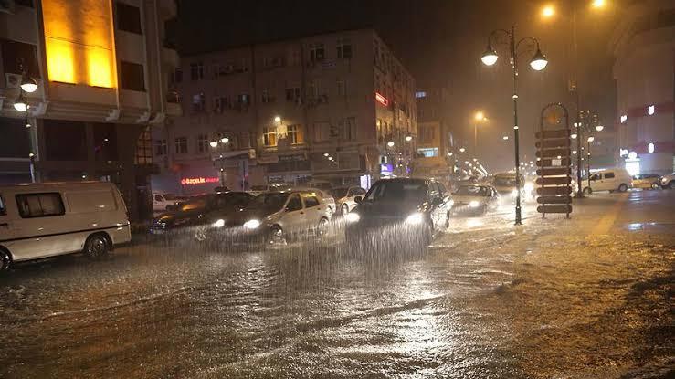 Meteoroloji'den kuvvetli yağış uyarısı: Sabaha kadar etkili olacak ile ilgili görsel sonucu