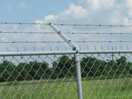 Barbed Wire Fence Types Of Galvanized And Pvc Barbed Wire