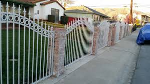 White Fence Front Yard 3c S Ornamental Ironworks