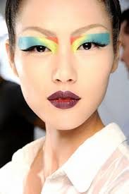 9 incredibly dramatic makeup looks to