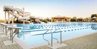 athletic club pool and spa life time