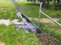 Floatmaster Water Gap Fence Solution Tejas Ranch Game Fence