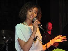 Aaryn Doyle 2007 in concert