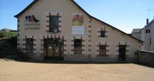 Visite guidée au Musée de la vigne et du vin d'Anjou • exposition • Saint- Lambert-du-Lattay - Musée de la Vigne et du Vin d'Anjou • sceno.fr