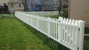 Classic Picket Fence Acreage Fences