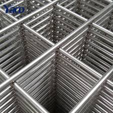 China Galvanized Welded Wire Mesh Fence Mesh China Galvanized Welded Wire Mesh Fence Mesh Manufacturers And Suppliers On Alibaba Com