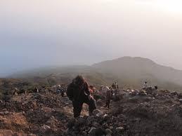 pendakian ke gunung slamet puncak tertinggi jawa tengah walter