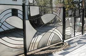 A Stainless And Mild Steel Fence Designed And Built By Sam Cupelli For A Client In Edmonton S Old Glenora Neighbouhood About Seven Years Ago
