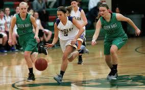 GIRLS BASKETBALL: Second-half spurt helps Sacred Heart get past Senior High  | Grand Forks Herald