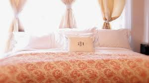 5 simple steps to a hotel bed at home