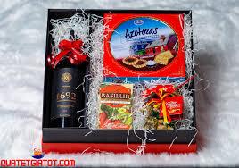 HỘP QUÀ TẾT SỐ 04 | Giỏ quà tết, hộp quà tết, bánh mứt kẹo tết ...