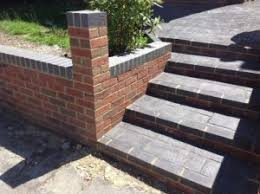 garden wall design and construction