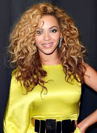 the best haircuts for curly haired s