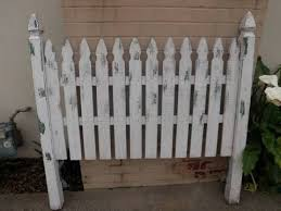 Pin By Pam Campbell On Headboards Picket Fence Headboard Fence Headboard Diy Headboards
