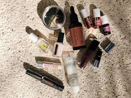 what s in my makeup bag beach vacation