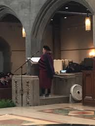 """Randy Picker on Twitter: """"Distinguished alumna award speaker Hilary Krane,  @UChicagoLaw class of 1989. Note the shoes. She is Nike's GC.  #uchicago2018… https://t.co/32aXnnVuFZ"""""""