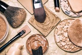 androgynous beauty makeup for men and