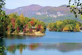 lakes near asheville north carolina