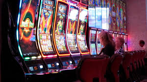 Gamblers drive hours and wait in lines, as casinos reopen amid ...