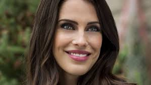 """Jessica Lowndes as Brie on """"Merry Matrimony"""" 