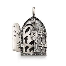 gothic gate medallion eyelet pendant w