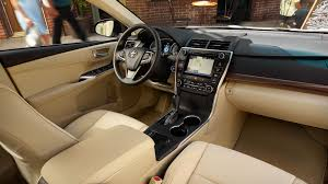 2018 toyota camry interior features