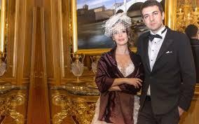 Pelin Batu evlendi eşi Dr. Macit Bitargil kimdir - Internet Haber