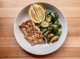 Easy Pan-Seared Halibut: A Quick ...