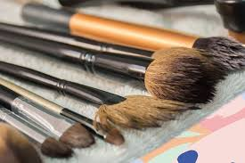 how to clean your makeup brushes step