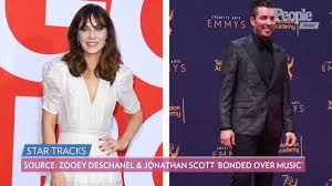 Zooey Deschanel's Estranged Husband Jacob Pechenik Files for Divorce |  PEOPLE.com
