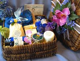 gift basket ideas for healthy moms