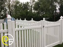 How To Clean A Vinyl Fence 4 Step Guide To Spotless White Vinyl Fencing Deptford Fence