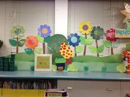 big flowers garden theme classroom
