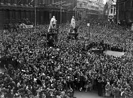 VE Day celebrations in Birmingham ...
