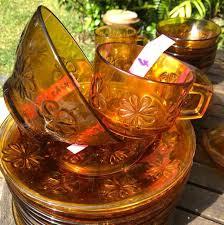 vereco france amber flower glass plates