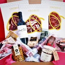 our spanish food and wine gift bo
