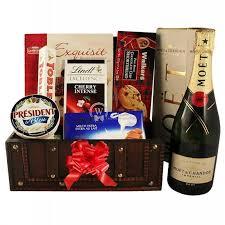 el trere box gift basket