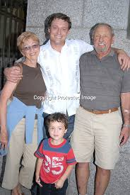 2389 David Chisum and parents.jpg | Robin Platzer/Twin Images