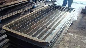 Precast Pre Stressed Concrete Post Making In 2020 Concrete Posts Concrete Fence Panels Concrete